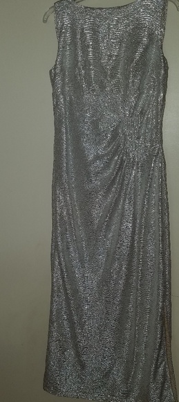 Blu Sage Dresses & Skirts - Blu Sage metallic gown size 12